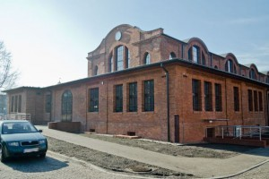 Rzeźba górnika w nowej lokalizacji - przy Bytomskim Teatrze Tańca