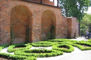 Zabytkowa strefa toruńskiej Starówki już po renowacji