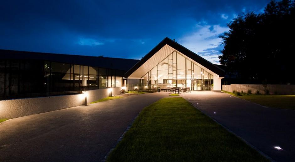 Jak zaprojektować hotel w zgodzie z naturą?