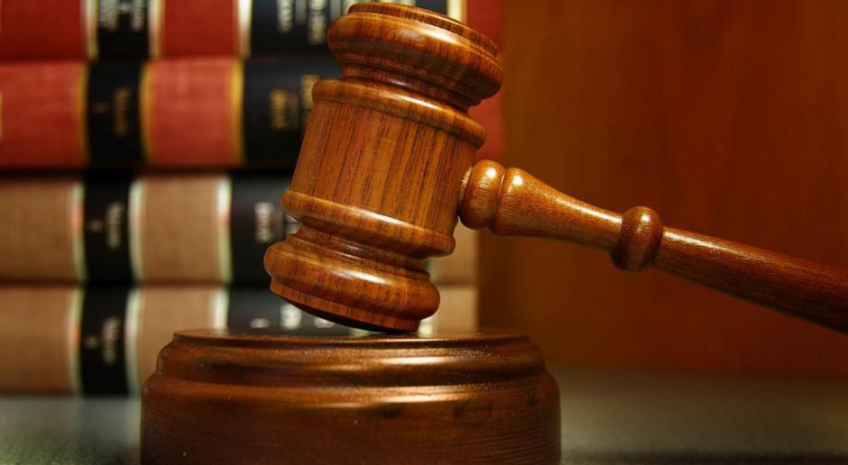 Jakie przesłanki musi spełnić projekt architektoniczny, aby był chroniony prawem autorskim?