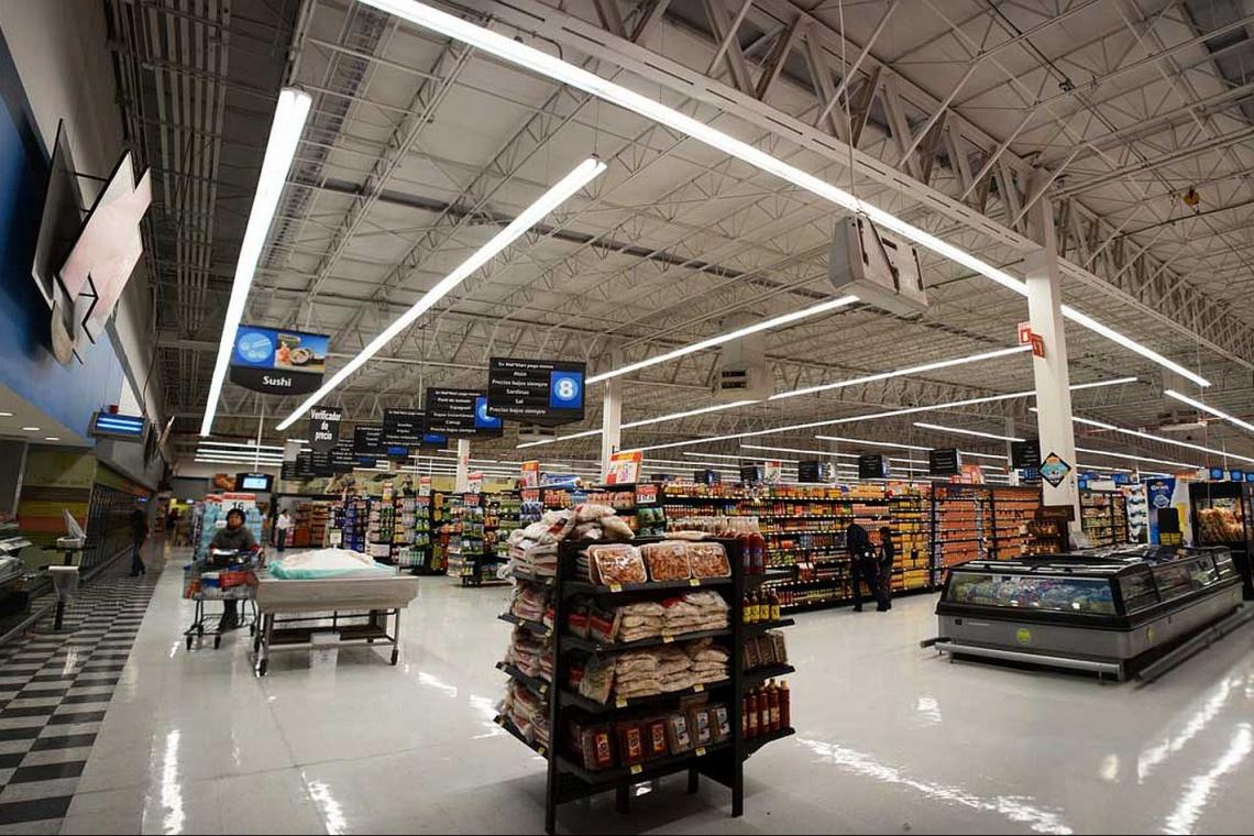 Technologia LED na dobre w sklepach Walmart