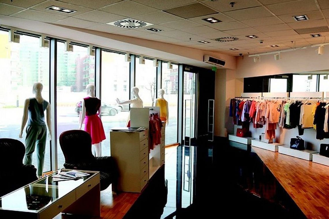 Showroom… z pracownią krawiecką