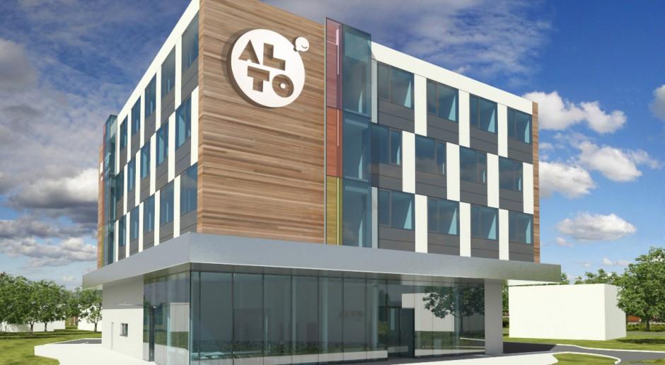 Qubus startuje z nową marką - buduje uśmiechnięty hotel Alto