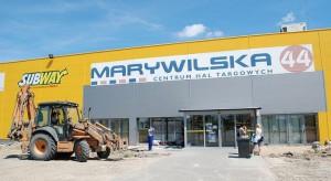 Rozbudowuje się centrum handlowe Marywilska 44
