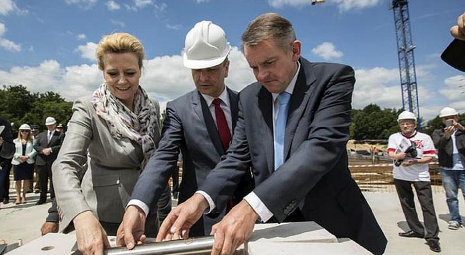 Stadion ŁKS w Łodzi będzie gotowy w lipcu 2015 r.