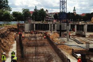 Nowy Rynek w Jeleniej Górze: najnowsze wieści z budowy