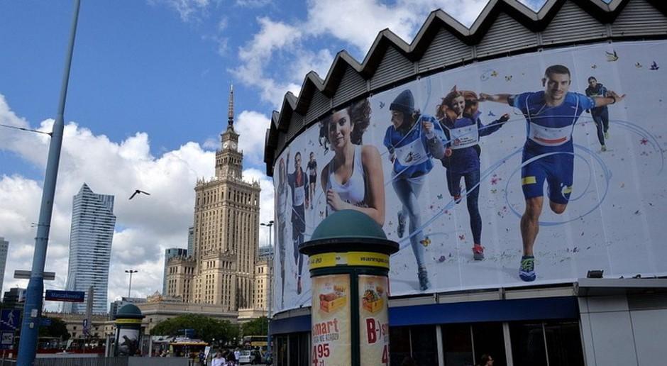 Czy reklamy zaśmiecają Warszawę?