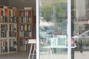 Modny Plac Trzech Krzyży: showroomy i artystyczna cukiernia