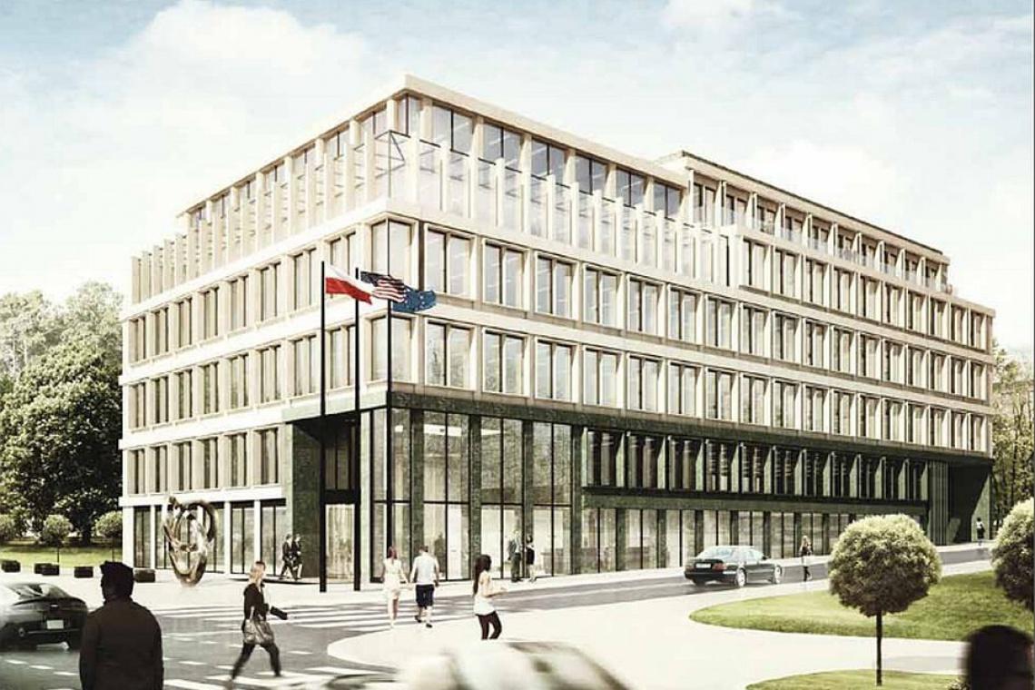 Carpathia Office House w Warszawie już z wiechą
