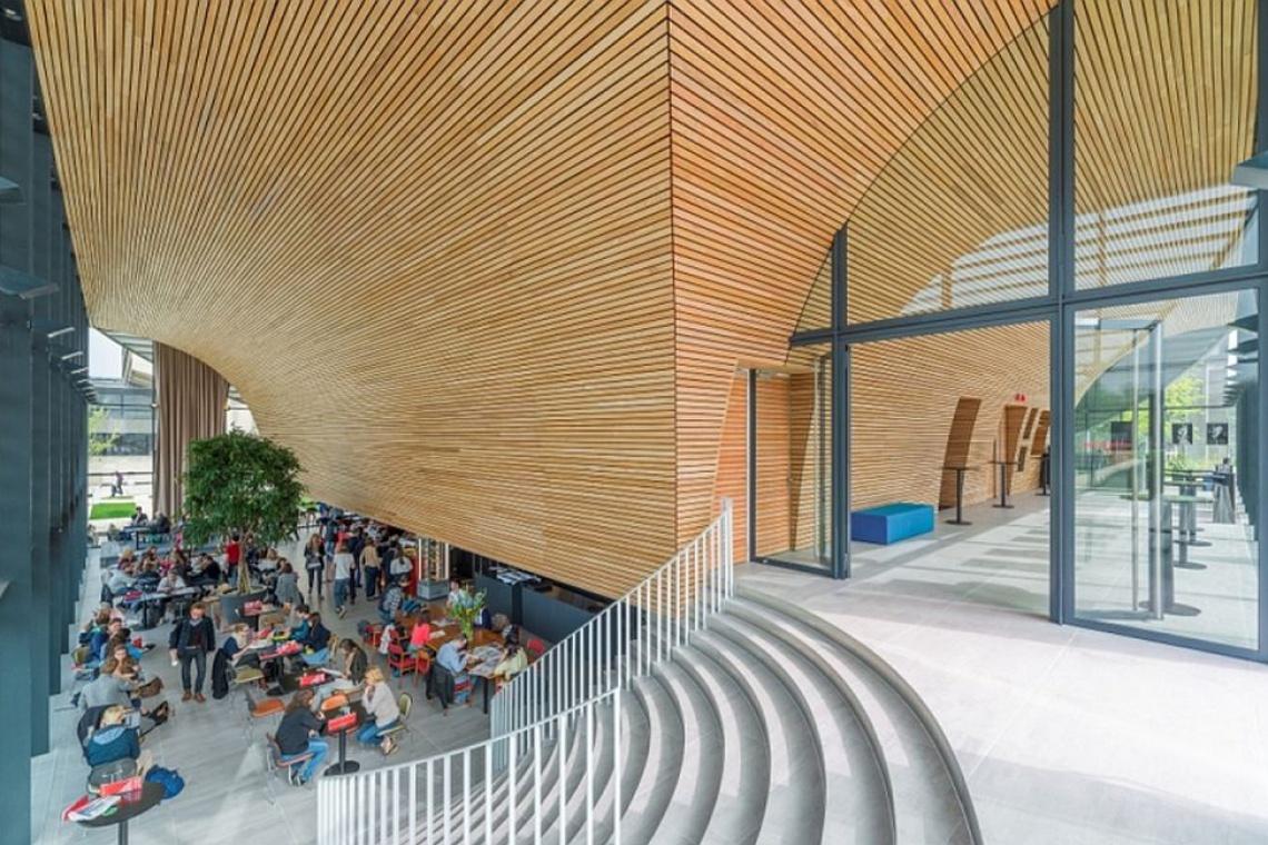 Rotterdam: surowa architektura lat 70. w nowej odsłonie