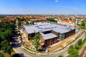 Brama Mazur spod kreski CDF Architekci na mecie
