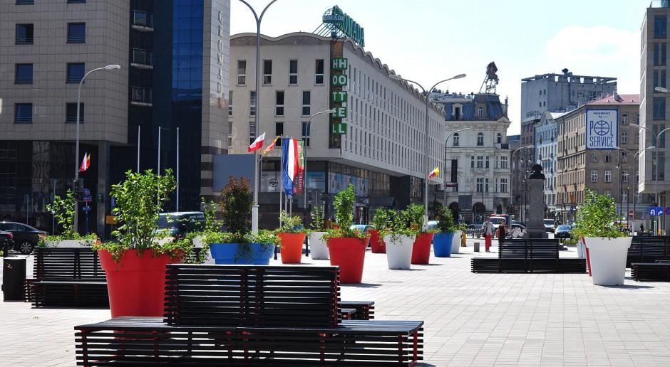 Plac Powstańców Warszawy jest już gotowy