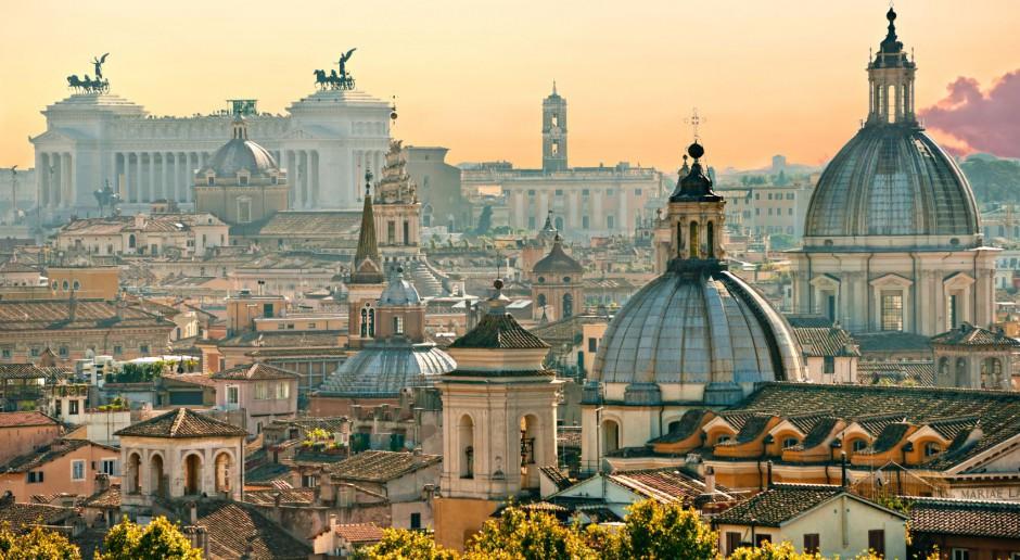 Wyjątkową architekturę i zbiory Muzeów Watykańskich oświetli Osram