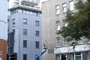 Gdynia porządkuje miejskie elewacje i walczy z banerami
