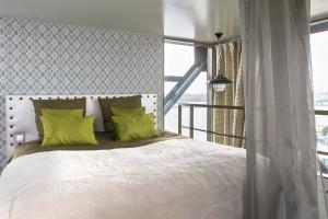 Ekstrawagancki hotel na żurawiu... tylko w Amsterdamie