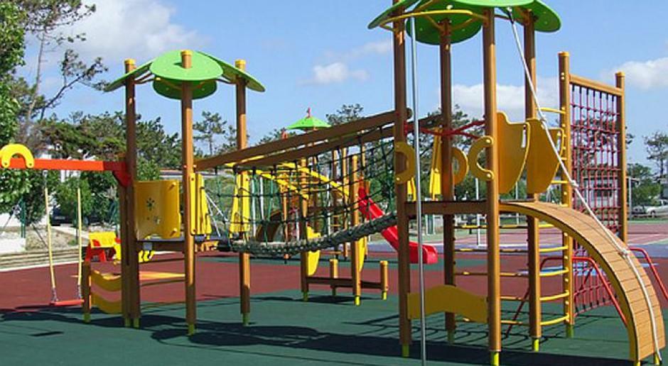 Bygoszcz: nowy plac zabaw, kynopark i siłownia pod chmurką