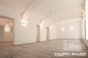Oryginalne wnętrze handlowe pełne drewna tylko w Wiedniu