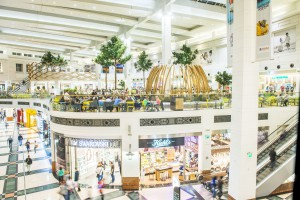 Zobacz jak nocą zmieniano centrum handlowe Arkadia - WIDEO