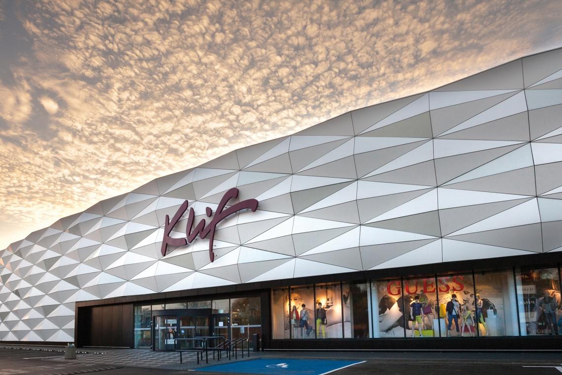 Metamorfoza: Dom Mody Klif zmieniły dwie znane pracownie architektoniczne