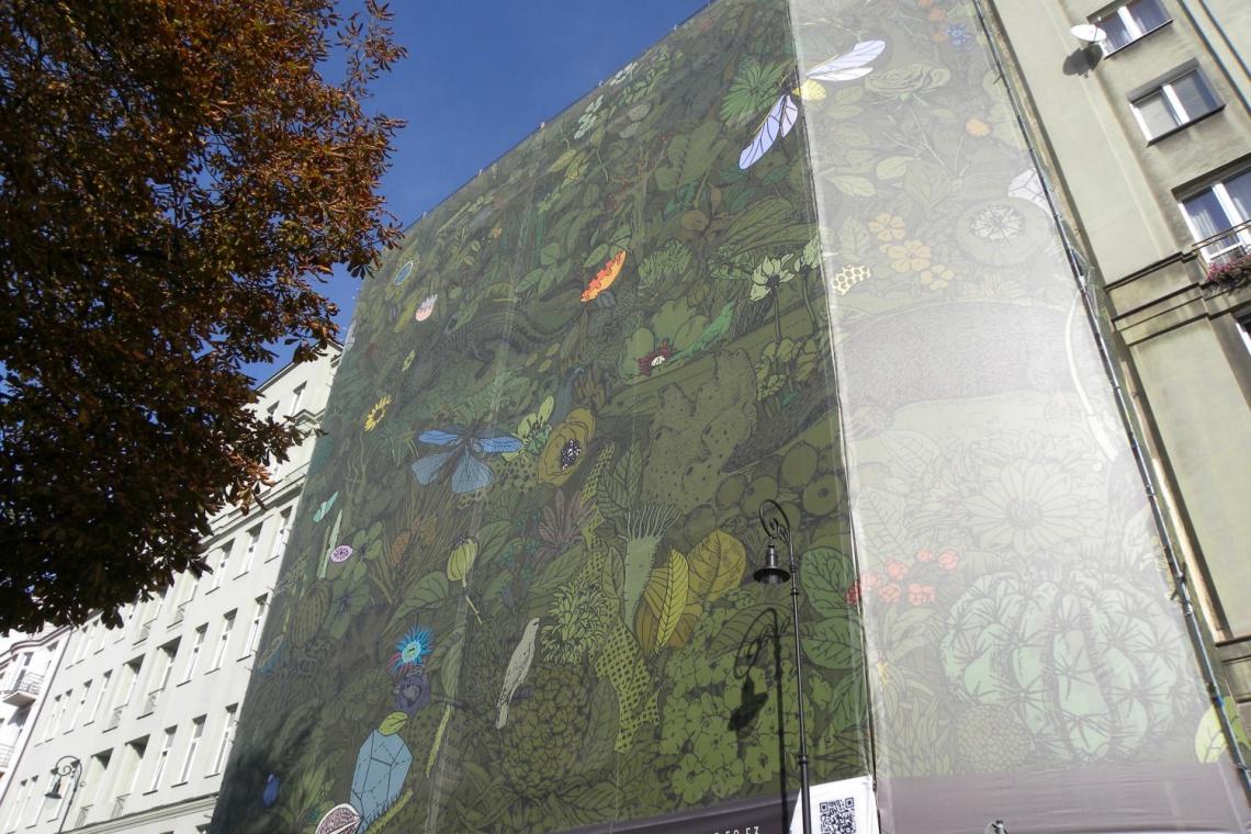 Niecodzienna wystawa w przestrzeni publicznej w rozmiarze XXXL