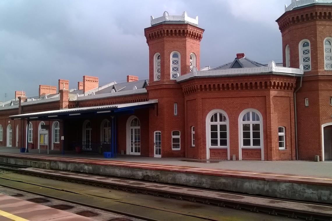 Kostrzyn: Przywrócono blask architekturze XIX-wiecznego dworca