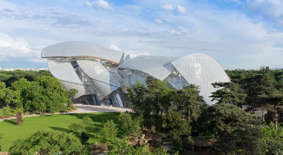 Muzeum Fundacji Louisa Vuittona projektu Franka Gehry'ego