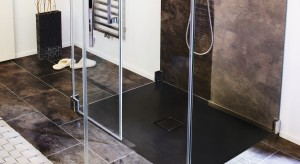 Trendy: zobacz 10 aranżacji łazienki z brodzikiem
