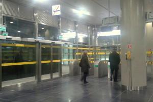 Mieszkańcy Warszawy na razie zwiedzili II linię metra
