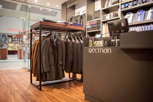 W sklepie jak na korcie - Forbis Group dla salonu Recman