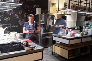 W projekcie A+D dla Little Chef stoły jeżdżą w górę i w dół