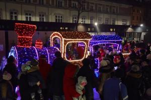 Przeżyjmy jeszcze raz start świątecznej iluminacji Warszawy