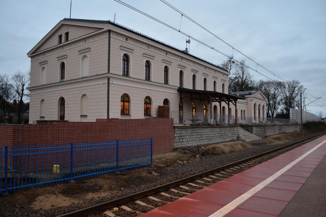 Remont prawie 160-letniego dworca na ostatniej prostej