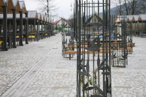 Nowoczesny plac targowy według projektu pracowni eM4