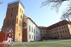 W Płocku można oglądać zabytki architektury romańskiej i gotyckiej