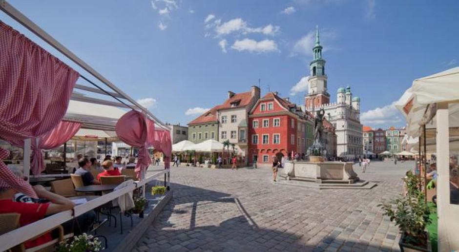 Ogródki restauracyjne a estetyka miasta - Poznań ustala zasady
