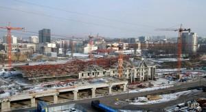 Dworzec Łódź Fabryczna zimową porą