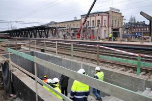 Trwa rewitalizacja dworca PKP Toruń Główny