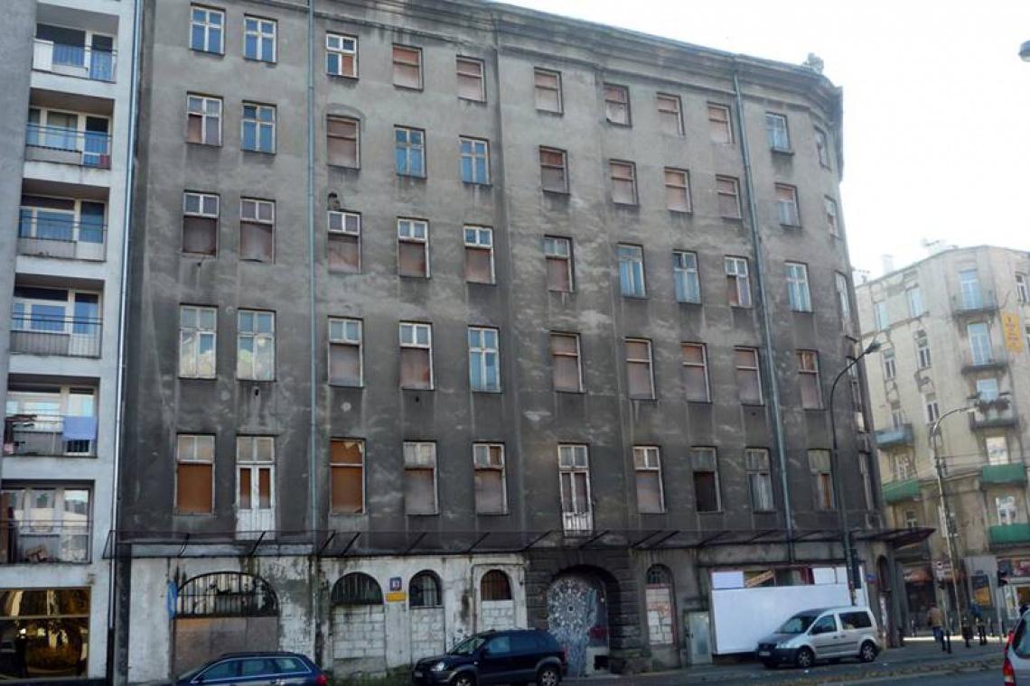 Cztery firmy walczą o zabytkową kamienicę Krongolda w Warszawie