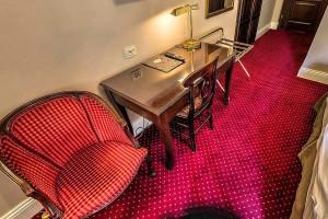 Rustykalny styl hotelu Dwór Sieraków