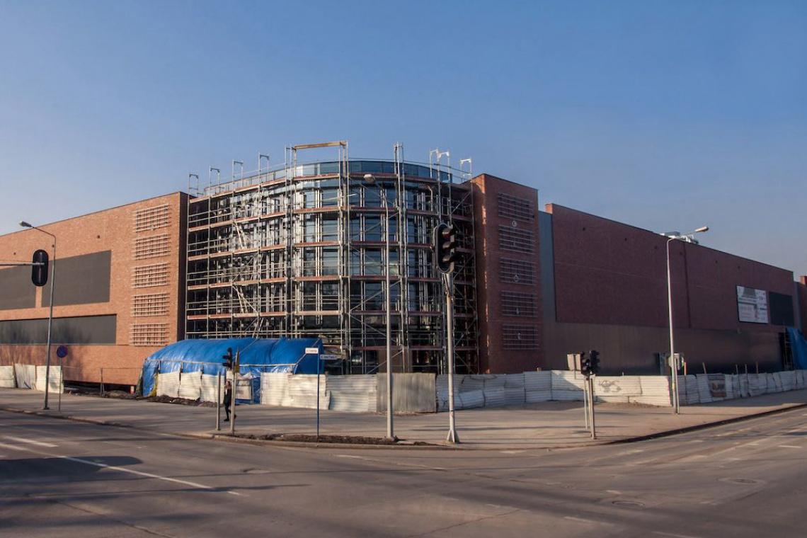 Trwa budowa Galerii Neptun - otwarcie już w kwietniu