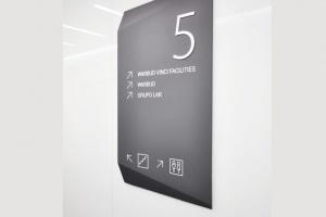Atrakcyjny i nowoczesny design biurowca Kronos Real Estate