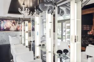 Urok i bogactwo baroku w Akadamii Fryzjerstwa