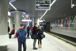 Warszawiacy pojechali II linią metra - GALERIA ZDJĘĆ
