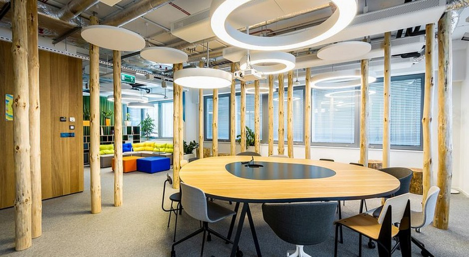Designerskie i elastyczne biuro magnesem na pracowników