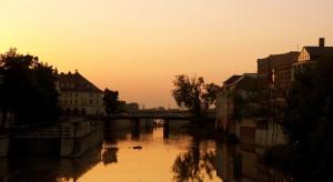 Na finiszu konkurs Bargework Opole. Ostatnie dni na zgłoszenie projektu biura na... wodzie