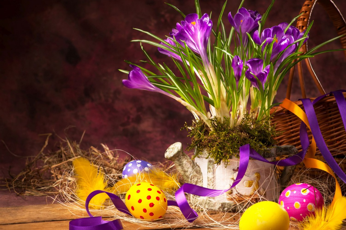 Wielkanocny design inspirowany folklorem