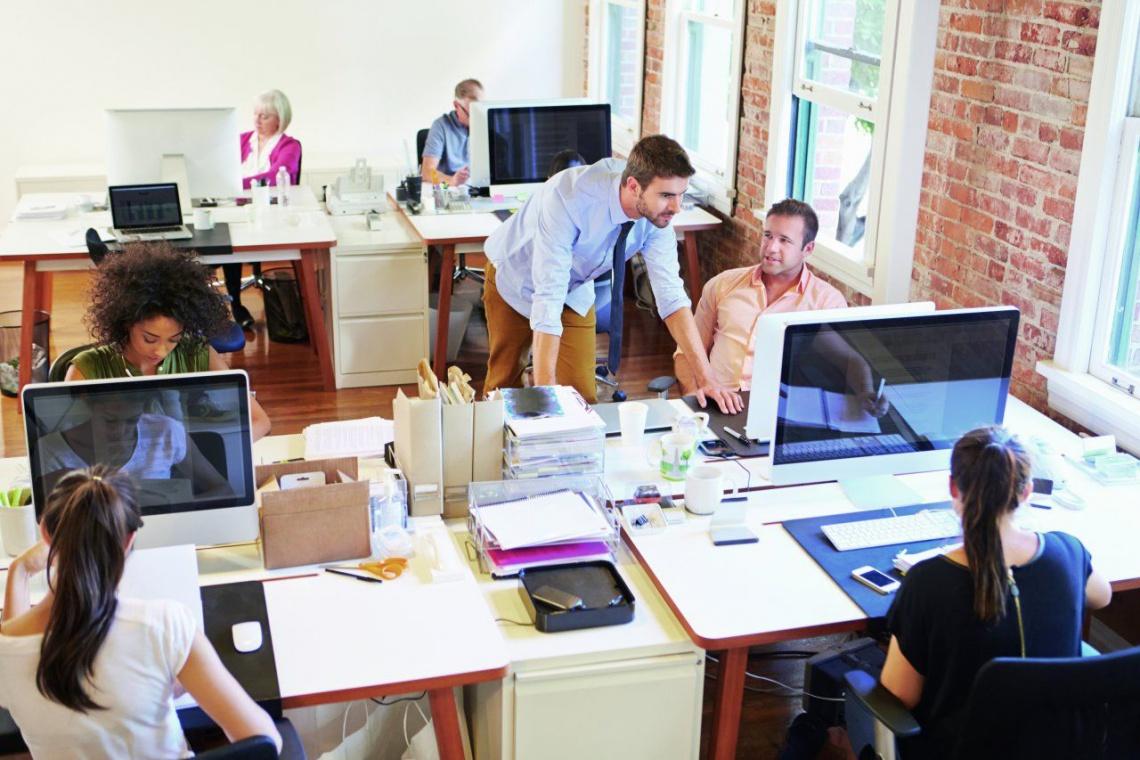 Ochrona przed hałasem na etapie tworzenia koncepcji biura