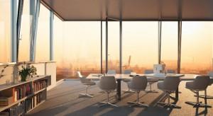 Architektura minimalistyczna z wykorzystaniem szklanych fasad
