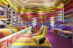 Zobacz salon prasowy FuoriSalone - to efekt pracy Przemysława Mac Stopy
