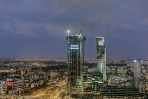 Wiecha na Warsaw Spire - do końca budowy został rok